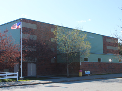 Front outside view of Richmond Middle School at spring